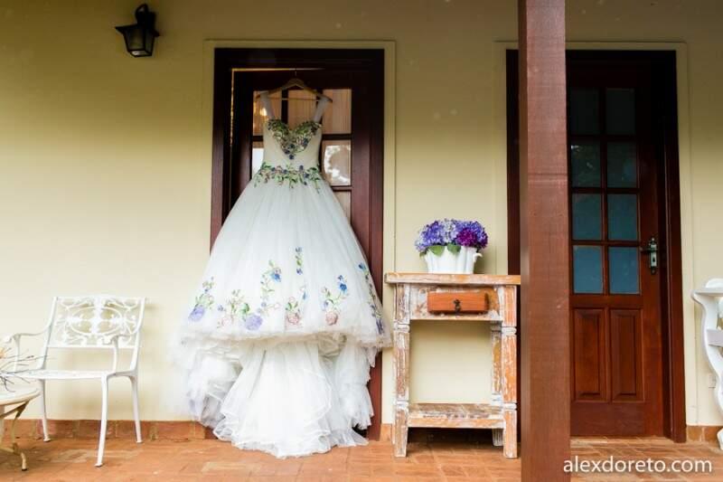 De princesa, vestido veio de inspiração austríaca. (Foto: Alex Doreto)