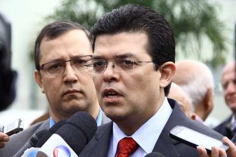 Olarte diz que impasse sobre contrato da Santa Casa será resolvido até quinta
