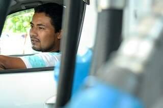 Leandro diz que combustível poderia ser vendido mais barato.