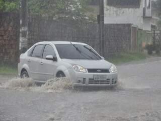 Região da Lagoa Itatiaia ficou alagada (Foto: João Garrigó)