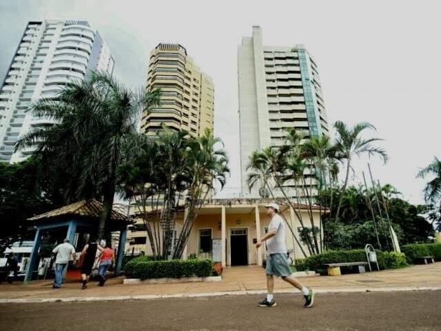 Praça Belmar Fidalgo é um dos locais que receberiam o projeto (Foto: Arquivo/Campo Grande News)
