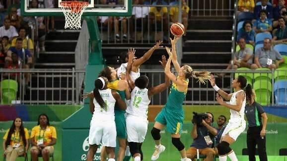 Seleção brasileira feminina de basquete perde para Austrália