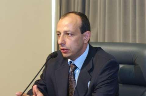 Homem de confiança de chefe do PCC vive na fronteira do Paraguai com MS
