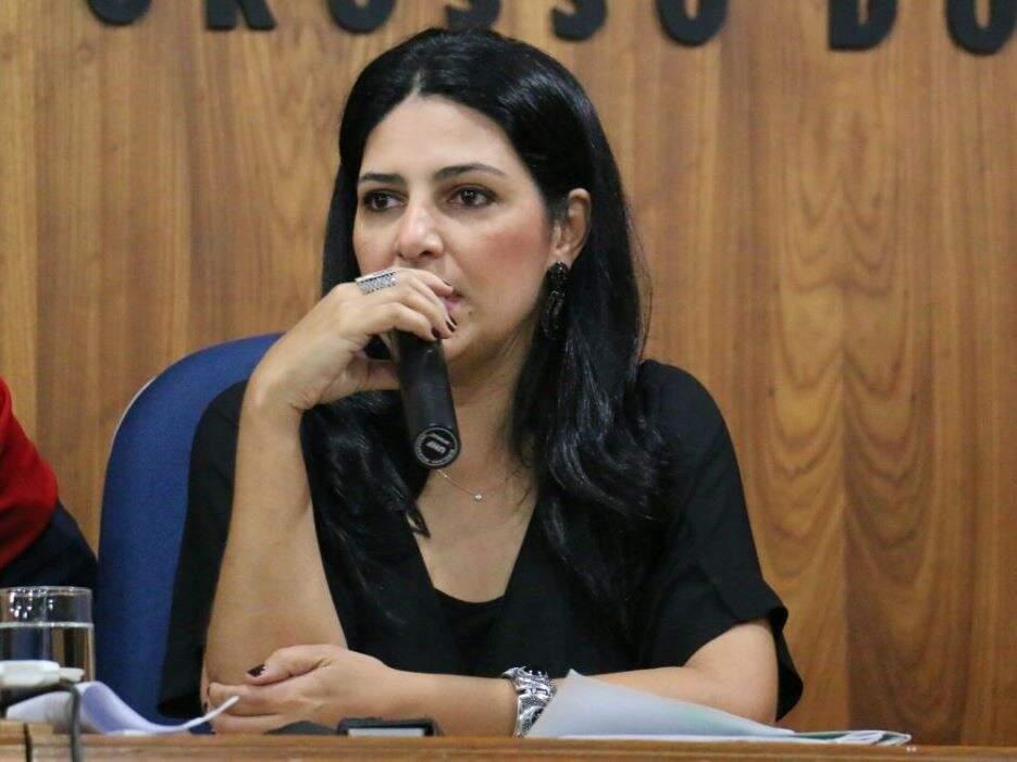 Luciana Azambuja diz que vai buscar informações do caso com a Polícia Civil (Foto: Sedhast - Divulgação)