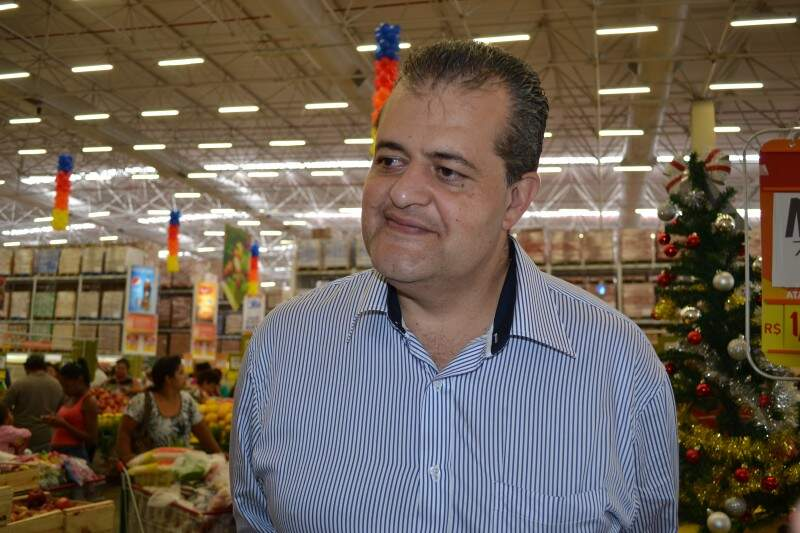 Presidente da rede, Belmiro Gomes destaca que quer ampliar número de lojas no Estado (Foto: Simão Nogueira)