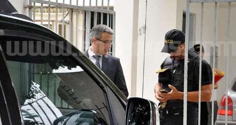 Suspeito de fornecer atestado médico falso, vereador está na sede do MPE