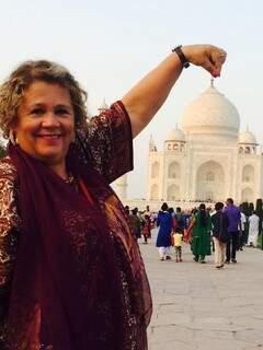 Presidente da Omep esteve no Taj Mahal, um monumento situado na Índia e considerado uma das sete maravilhas do mundo, em novembro de 2014 (Foto: Facebook/Reprodução)