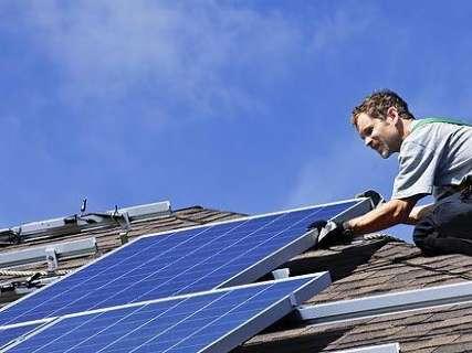 Quem gerar energia renovável terá isenção de ICMS na conta de luz