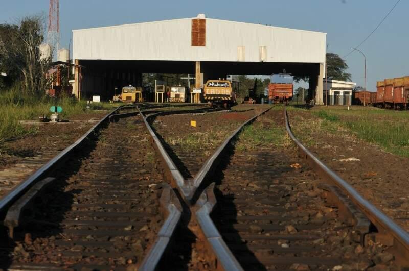 Sede da ferrovia em Campo Grande, hoje sem nenhum funcionário, segundo o Sindicato dos ferroviários (Foto: Alcides Neto)