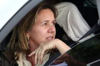 Helena disse que as vezes espera mais de 10 minutos outro veículo passar. (Foto: Marcos Ermínio)