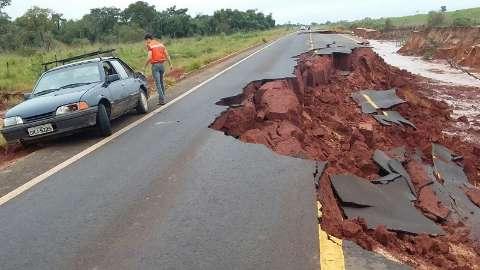 Técnicos do Estado chegam à tarde para interditar rodovia MS-180