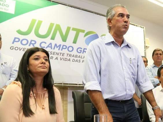 Governadora em exercício Rose Modesto, com o chefe do Executivo Estadual Reinaldo Azambuja, ambos do PSDB. (Foto: Marcos Ermínio)