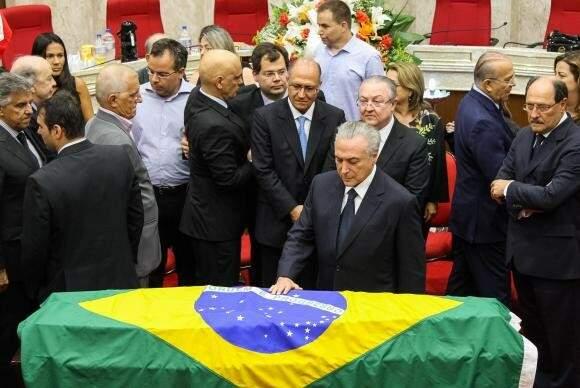 Temer foi ao velório de ministro do Supremo. (Foto: Beto Barata)