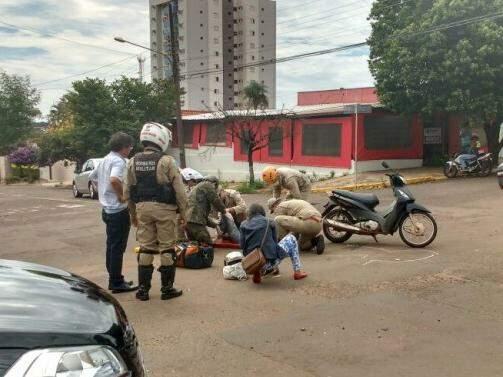 Acidente no cruzamento das ruas Padre João Crippa com a São Paulo. (Foto: Amanda Bogo)