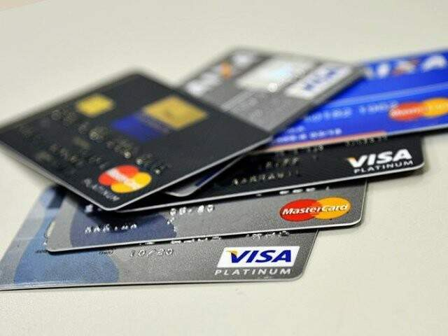 Cartão de crédito aparece como principal fonte de dívidas para famílias da Capital em junho. (Foto: Marcello Casal Jr./Agência Brasil/Arquivo)
