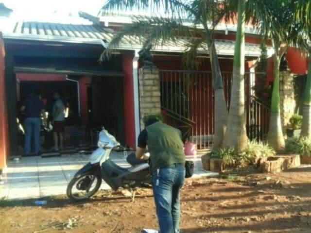 Casa onde Arevalos foi morto a tiros neste sabado (Foto: Porã News)