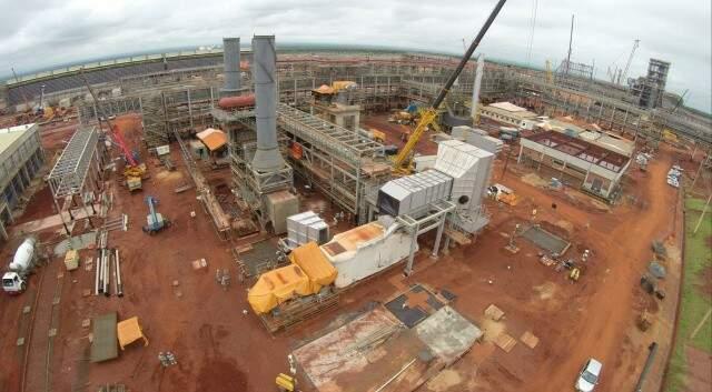 Obras de fábrica estão paralisadas desde novembro de 2014. (Foto: Perfil News/Arquivo)