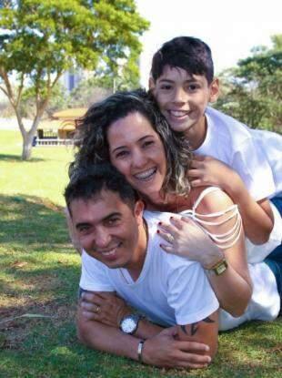 E o ensaio fotografado pelo pai de Erick, no momento da adoção de João. (Foto: Wilson Mariz de Santana)