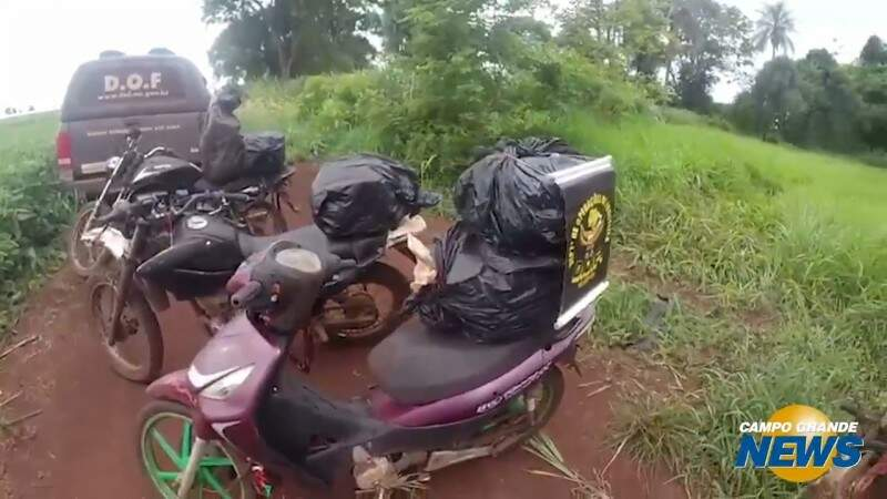 Polícia apreende 'moto-entrega' de maconha em Maracaju