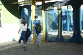 Os professores da Escola Joaquim Murtinho aderiram a paralisação.  (Foto: Marcos Ermínio)