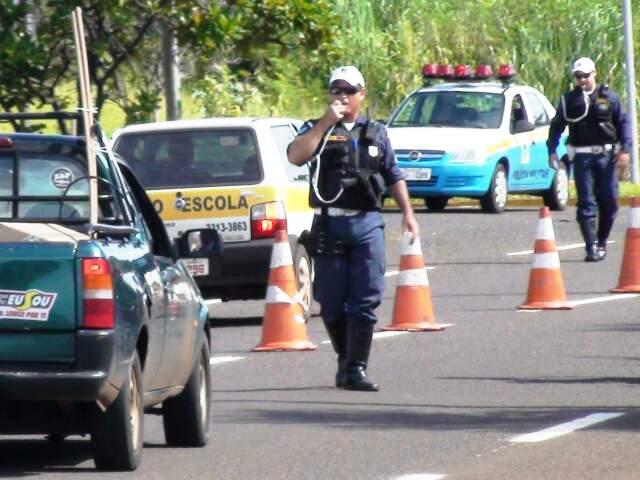 Ciptran flagrou 87 condutores não habilitados, a infração mais comum durante a operação neste ano. (Foto: Divulgação)