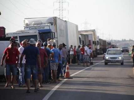 Governo de MS reduz ICMS do diesel a 12% assim que greve chegar ao fim