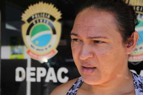 Entidades protestam contra prisão de três travestis por racismo e desacato