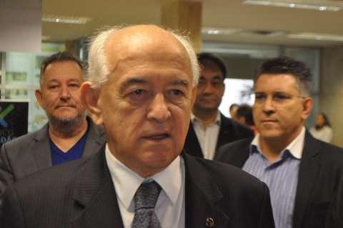 Em visita técnica, ministro fala sobre influência da política na economia