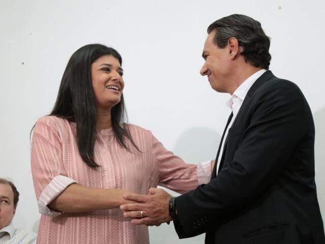 Governadora em exercício, Rose Modesto (PSDB), com o prefeito de Campo Grande, Marquinhos Trad (PSD). (Foto: Fernando Antunes/Arquivo)