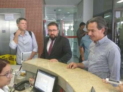 Prefeito vai a Promotoria pedir prazo para arrumar parques deteriorados