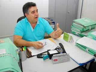 Carlos Antônio está há 34 anos no Dnit. (Foto: Simão Nogueira)