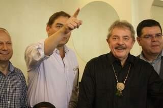 Bernal ao lado do ex-presidente Lula nesta tarde de quarta-feira (Foto: Marcos Ermínio)