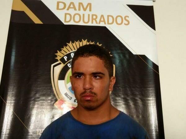 Tálison Nascimento foi preso em flagrante e confessou o crime (Foto: Osvaldo Duarte)