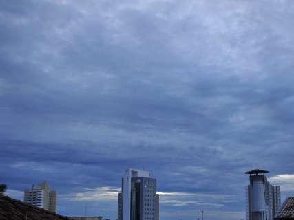 Última sexta-feira do ano tem previsão de chuva e calor de 36°C no Estado