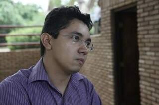 Para Elóy, Funai não age mais por falta de verba (Foto: Cleber Gellio)