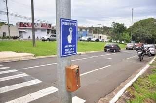 Acidente aconteceu na avenida Mato Grosso com a Ingazeira (Foto: João Garrigó)