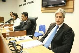 Alex diz que vai apresentar voto-separado divergente do relatório da CPI (Foto: Marcos Ermínio)
