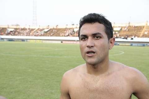 Ex-Cene faz o quarto gol da Portuguesa sobre o Corinthians no Morenão