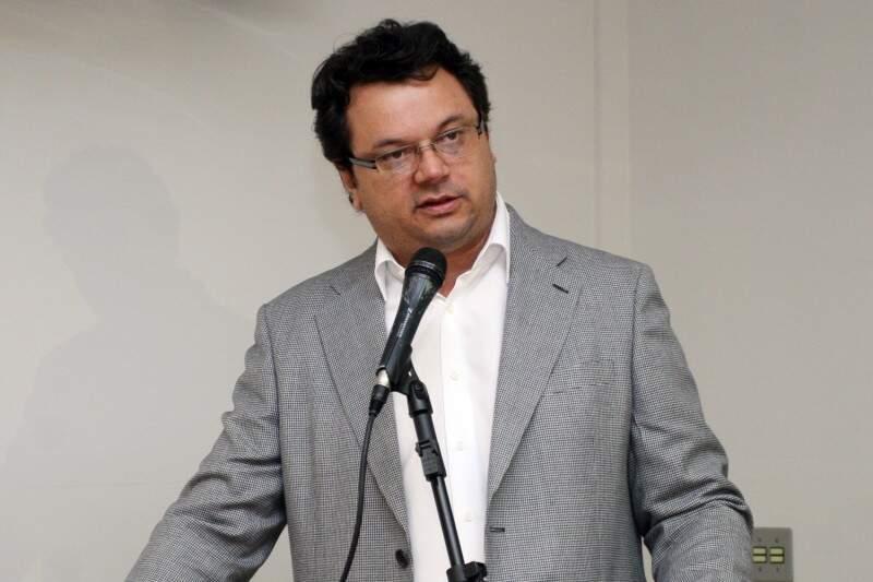 Paulo Matos disse que assumiu a pouco e precisa de mais tempo para decidir quem será exonerado