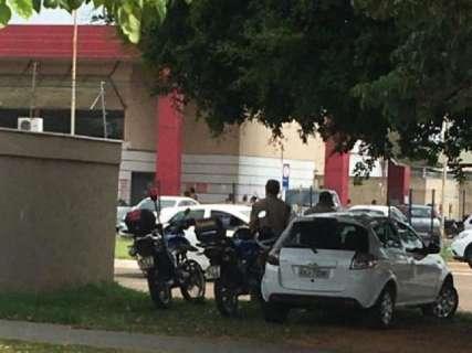 Motorista flagra agentes de trânsito na surdina