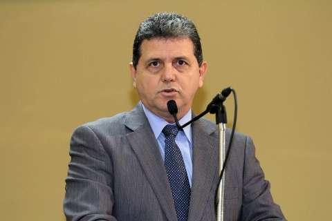 Câmara oficializa suspensão de reajuste do prefeito e vice-prefeita