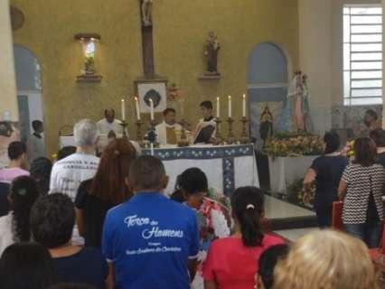 Homenagens a Nossa Senhora da Candelária seguem até o fim do dia