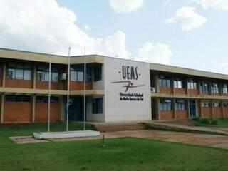 Fachada da Universidade Estadual de Mato Grosso do Sul, em Dourados (Foto: Dourados Agora)