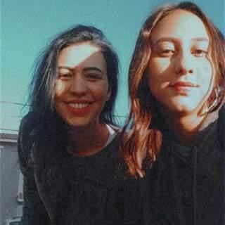 Cíntia e Gabi, mãe e filha que não veem a hora de estarem juntas de novo. (Foto: Arquivo Pessoal)