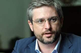 Adriano é médico, pesquisador e professor da FGV e UFPR (Foto: Rodrigo Juste Duarte/UFPR)