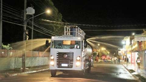 Prefeitura inicia desinfecção de ruas no Aero Rancho e Coophavila 2