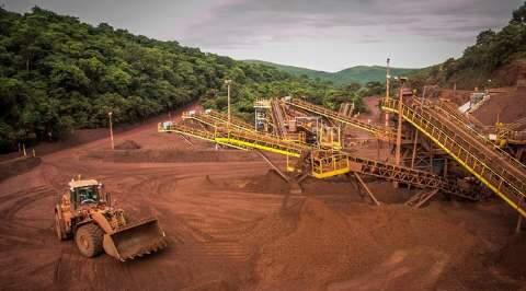 Com efetivo reduzido Vale mantém operações de mineração em Corumbá