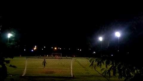 Leitor denuncia campeonato de futebol na entrada do Coophavila 2