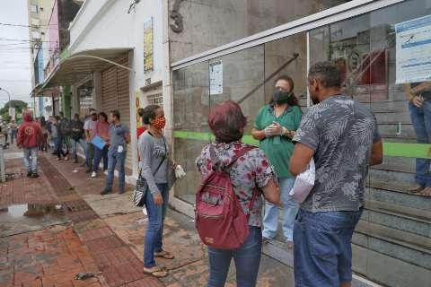 Funtrab encerra a semana oferecendo 210 vagas de empregos em várias áreas