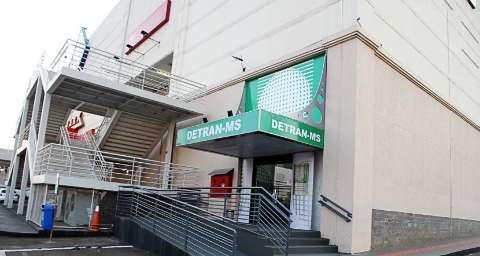 Agências do Detran em shoppings da Capital terão horário alterado